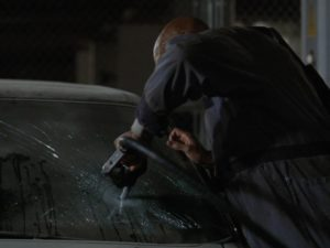 Big Daddy floods Kaufmann's limo with gasoline from a pump jammed through the windshield as Kaufmann is locked inside.